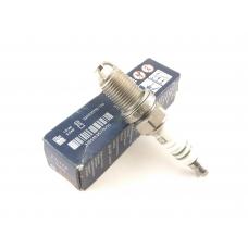 F7LTCR свеча зажигания Bosch Standard Super (0241235752)