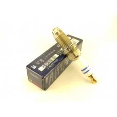FGR6HQE0 свеча зажигания Bosch Super Plus (0242240590)